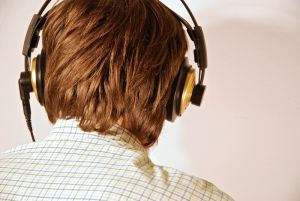 1084232_headphones